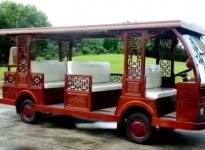 仿古式观光车